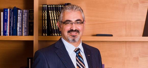 Доктор Дженгиз Гюль  | Директор по внутреннему рынку и развитию бизнеса