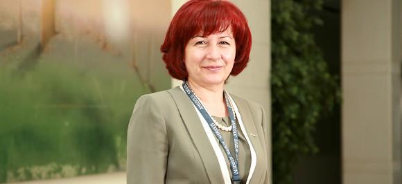 Элиф Акбаль  | Руководитель отдела среднего медицинского персонала — лечение в ведущей клинике Турции