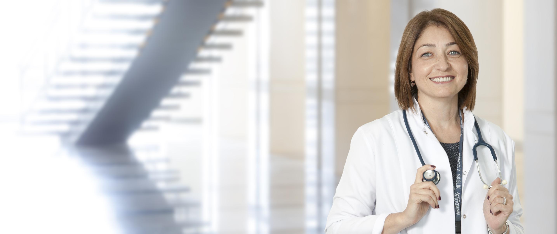 Айше Сокуллу — квалифицированная помощь в медицинском центре Anadolu