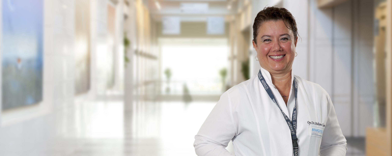 Мельтем Чам  — квалифицированная помощь в медицинском центре Anadolu