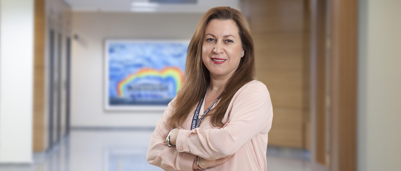 Неджмие Доуруер — квалифицированная помощь в медицинском центре Anadolu