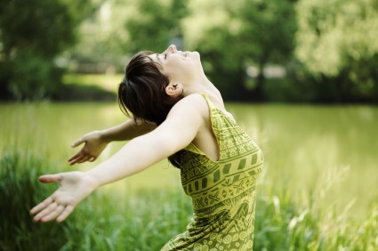 embrace-green-happy-nature-woman-girl