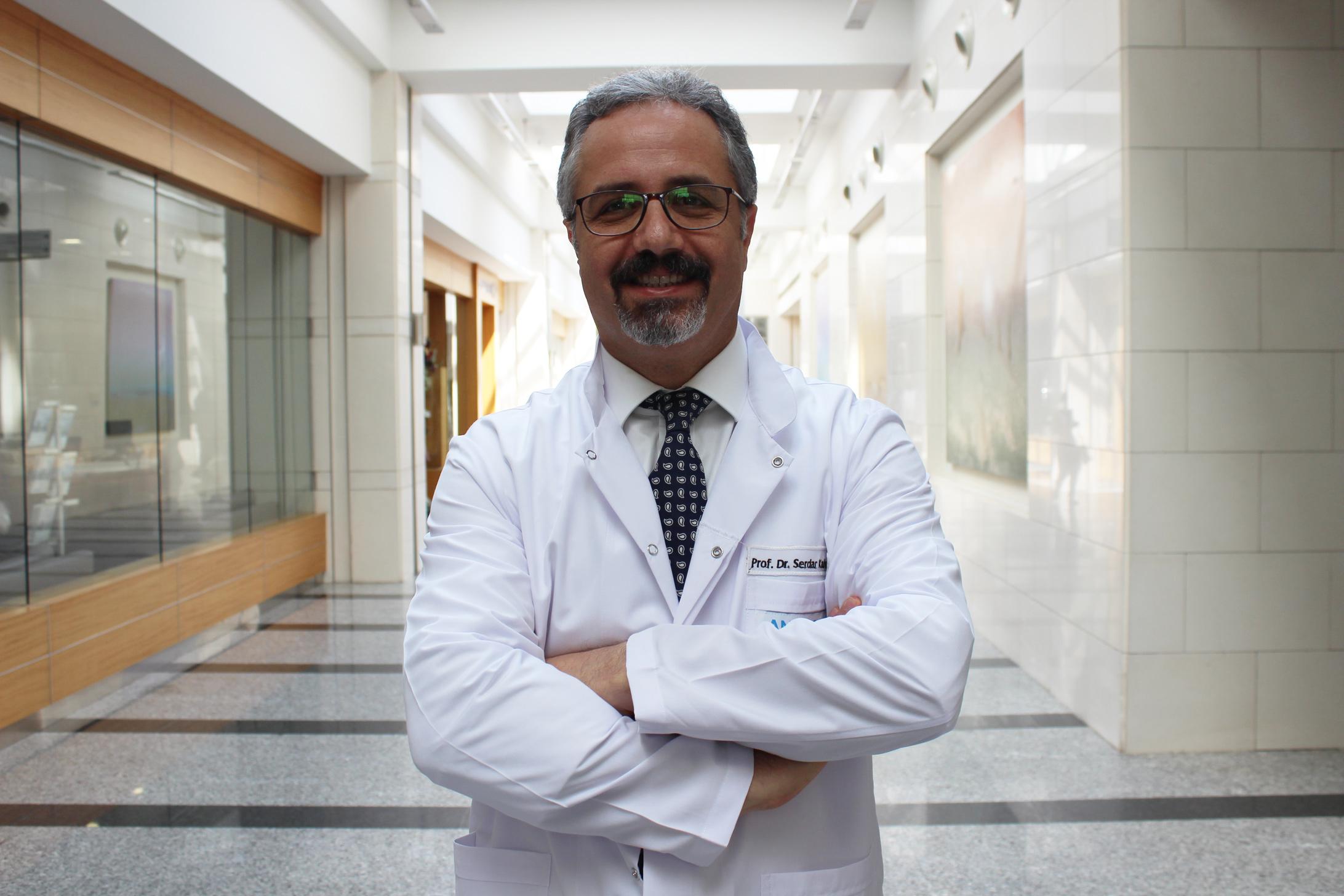Сердар Кахраман — квалифицированная помощь в медицинском центре Anadolu