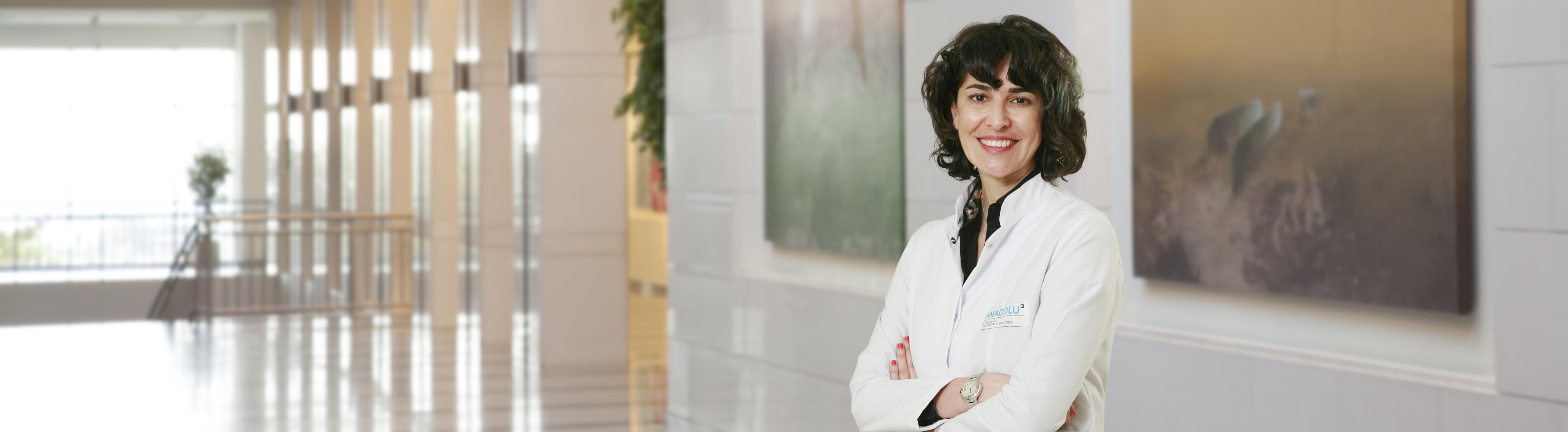 Хале Башак Чалар — квалифицированная помощь в медицинском центре Anadolu