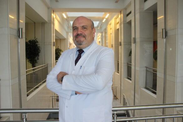 Мурат Деде  — квалифицированная помощь в медицинском центре Anadolu