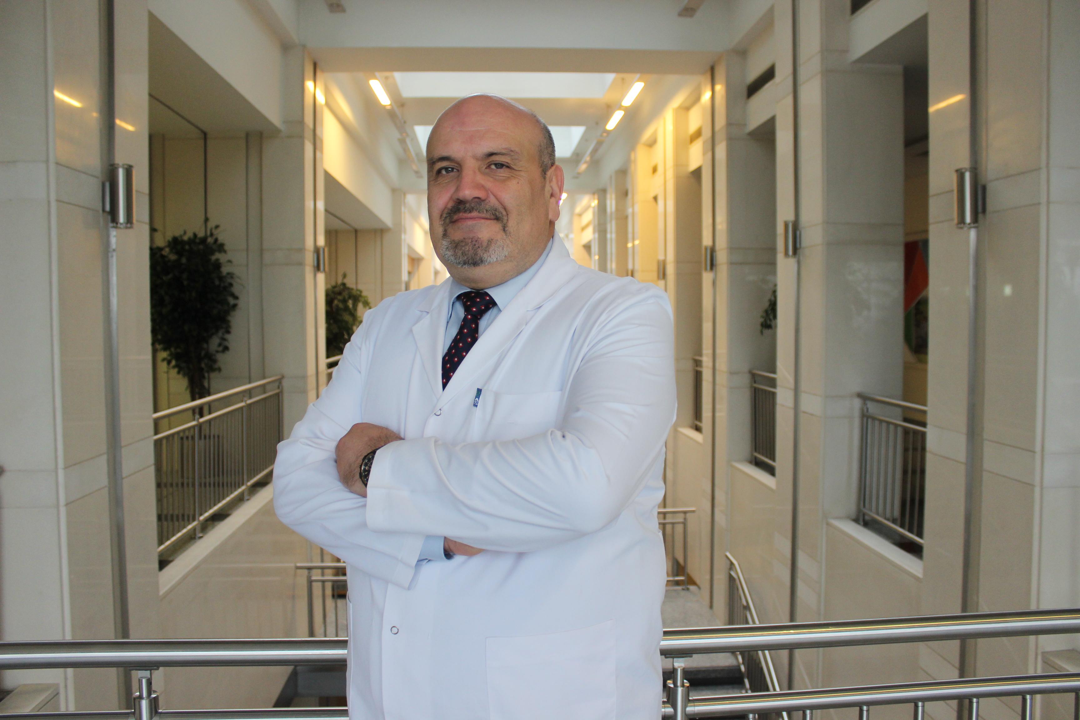 Проф.Др.Мурат Деде  — квалифицированная помощь в медицинском центре Anadolu