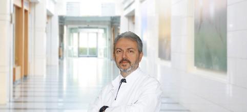 Др. Тайфун Кутлу — квалифицированная помощь в медицинском центре Anadolu