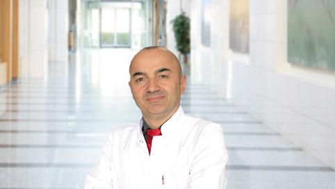 Юсуф Авни Йылмаз — квалифицированная помощь в медицинском центре Anadolu